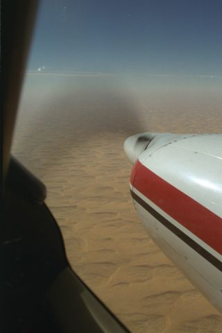 Piper Aztec (HB-LDH) - Desert Saudia Arabia