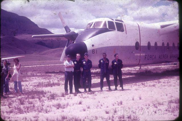 De Havilland Canada DHC-5 Buffalo (FAB2361) - FAB 2361 (DHC-5}, operating in an unpaved airstrip, close to Mt. Roraima, 1971