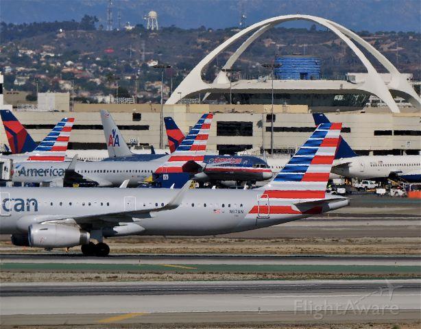 Airbus A321 (N117AN) - a rel=nofollow href=http://flightaware.com/live/flight/N117AN/history/20141102/1459Z/KJFK/KLAXhttp://flightaware.com/live/flight/N117AN/history/20141102/1459Z/KJFK/KLAX/a