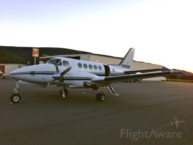 Beechcraft King Air 100 (N400AC)