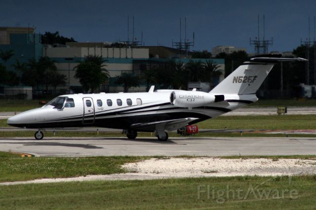 Cessna Citation CJ2+ (N525F) - Lining up to depart rwy 9 on 3-Nov-17 heading for KTTA.