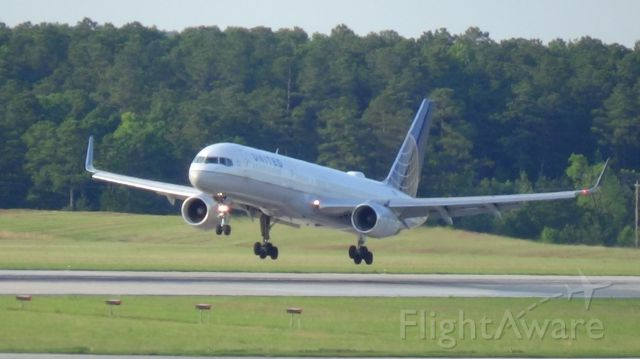 Boeing 757-200 (N17133) - United 1965 arriving from Washington Dulus at 6:59 P.M.   Taken June 7, 2015.