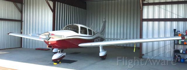 Piper Cherokee (N2157F)