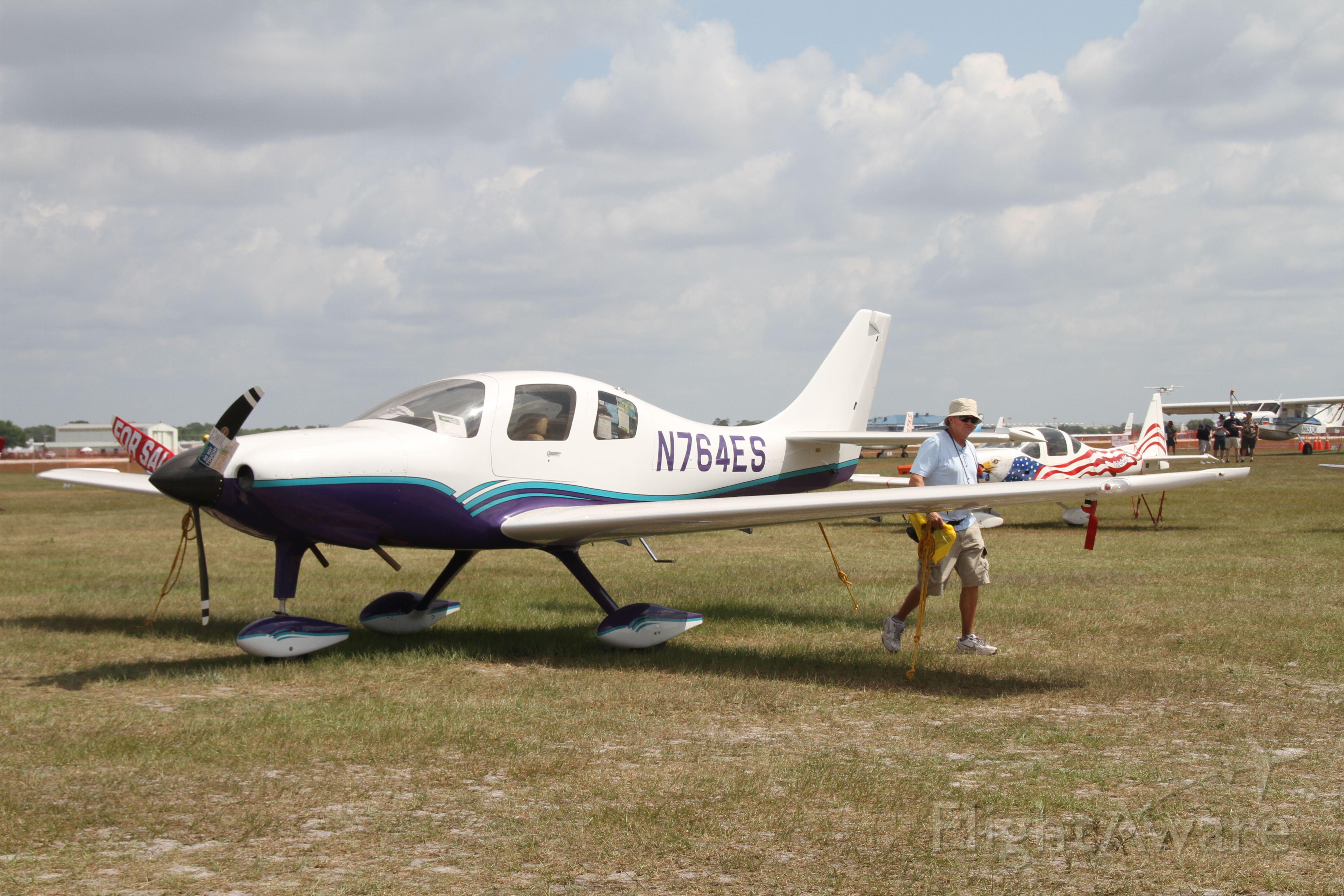 Cessna 350 (N764ES)