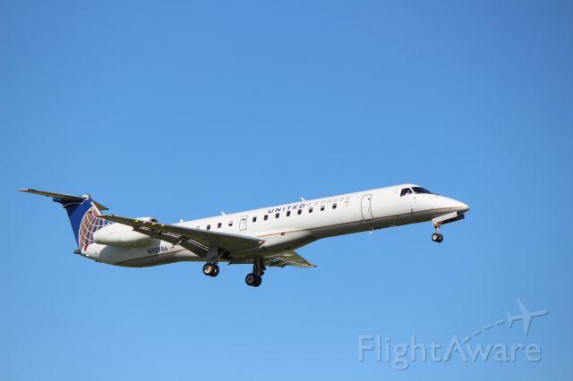 Embraer EMB-145XR (N15986)