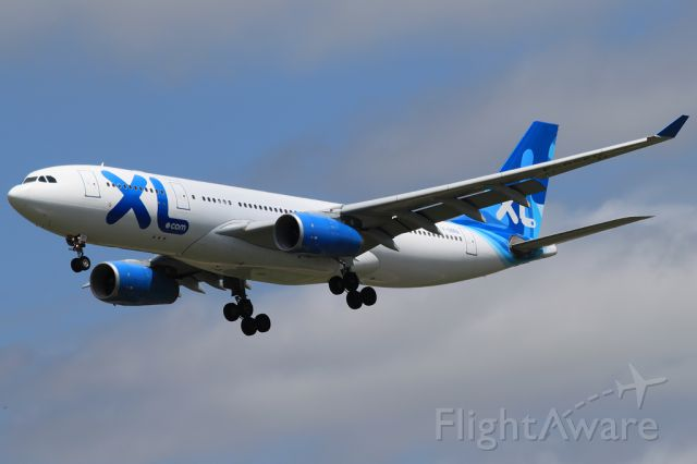 Airbus A330-200 (F-GSEU)