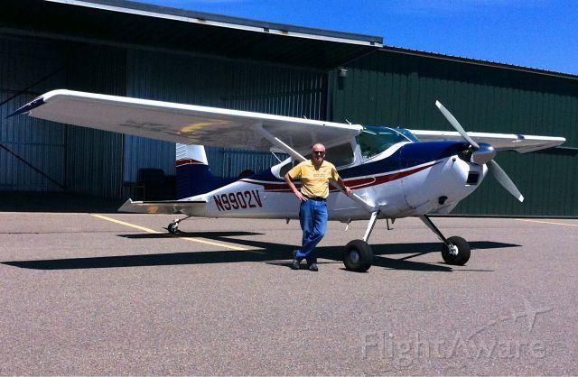 Cessna Skywagon 180 (N9902V)