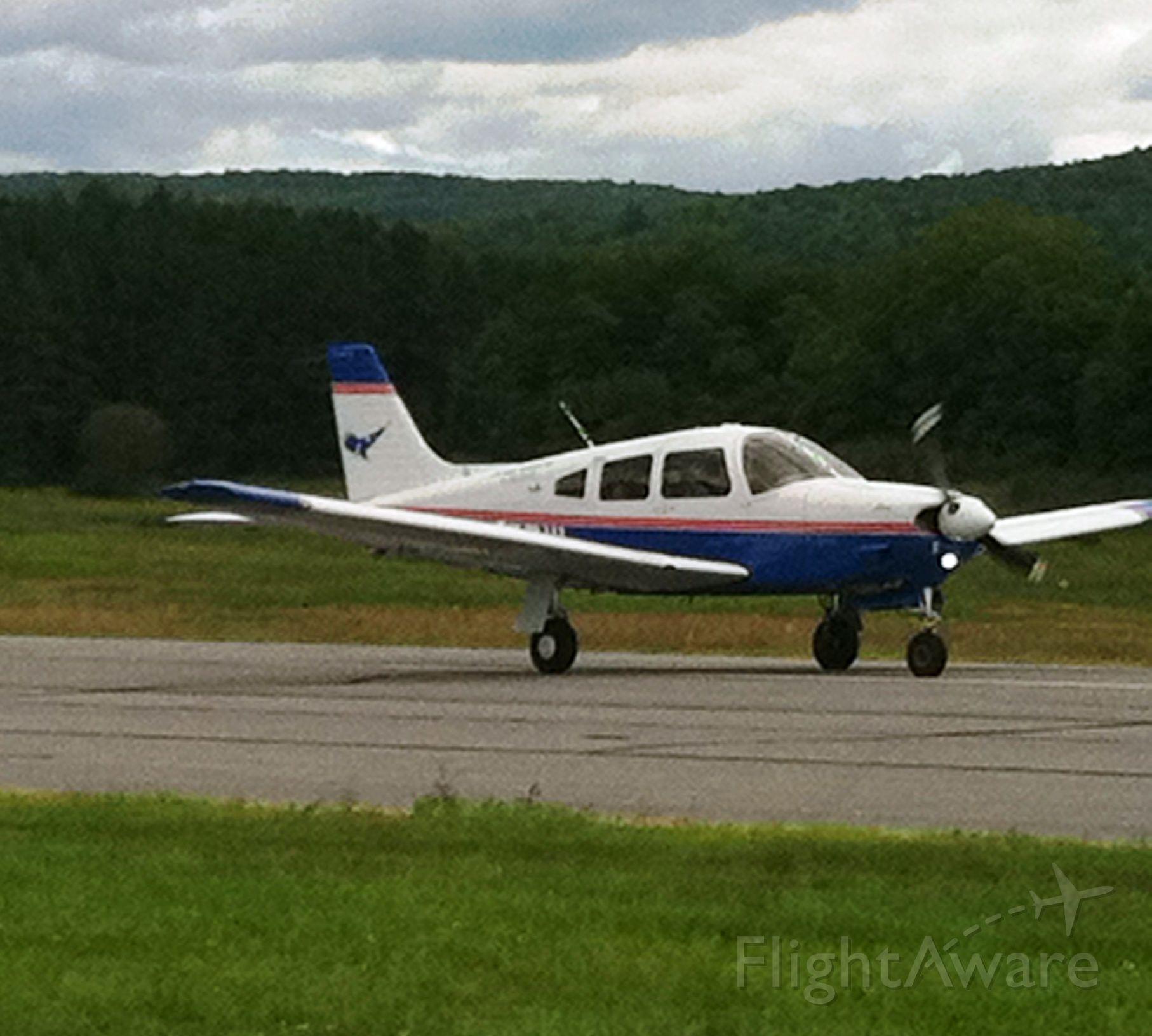 Piper Cherokee (N245DW)