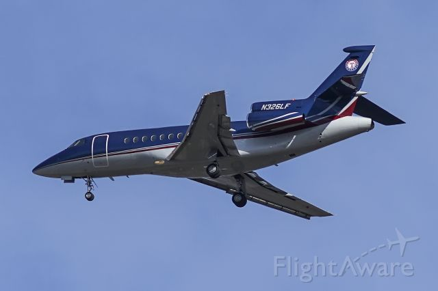 Dassault Falcon 900 (N326LF)