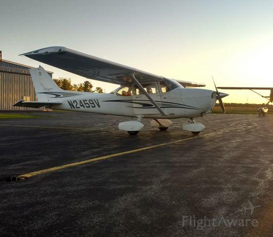Cessna Skyhawk (N2459V)