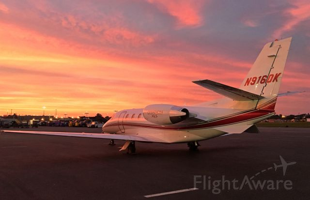 Cessna Citation Excel/XLS (N916DK) - Signature Sunset