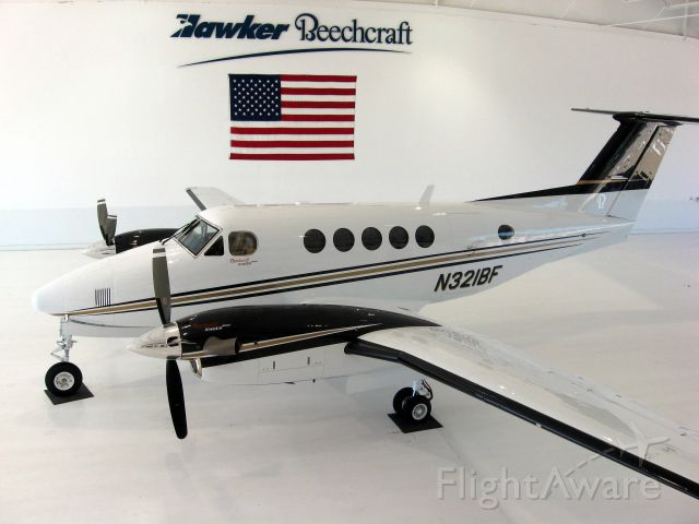 Beechcraft Super King Air 200 (N321BF) - Delivery at the Beech Factory on 7/24/09