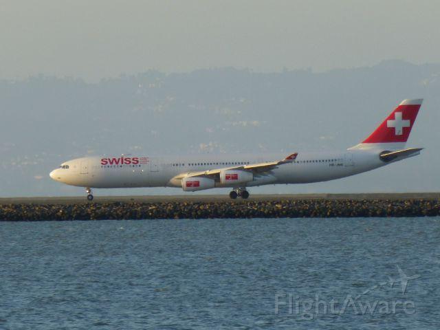 Airbus A340-300 (HB-JME)