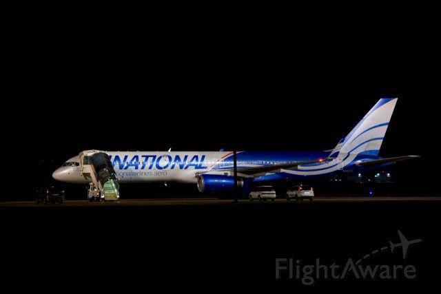 Boeing 757-200 (N567CA)