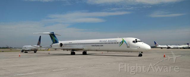 McDonnell Douglas MD-82 (N803WA)