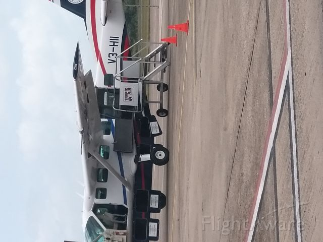 Cessna Caravan (V3-HII) - Waiting for passengers to start boarding to explore Belize.