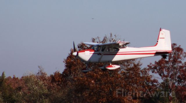 Cessna Skylane (N5995B) - On final is this 1956 Cessna Skylane 182A in the Autumn of 2020.