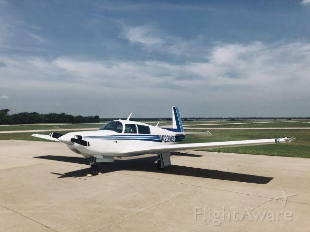 Mooney M-20 Turbo (N231MS)
