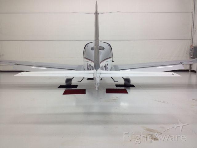 Cirrus SR-22 (N890MG)