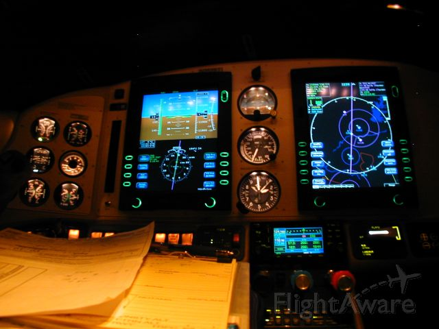 Cessna 400 (N2528T) - Quiet Night Flight