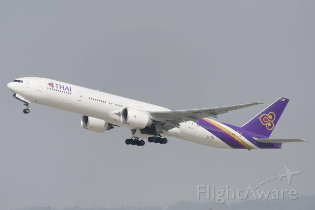 BOEING 777-300 (HS-TKL) - HS-TKL  Boeing  B777-3AL(ER)  THA  KLAX  20130305  4562