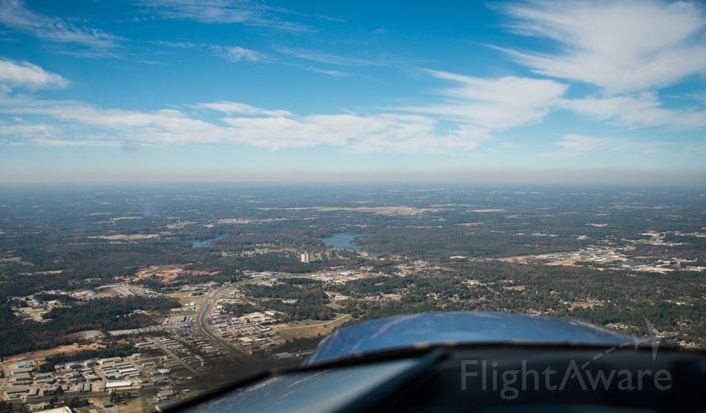 Cessna 152 (N25497) - Heading towards KTYR for landing.