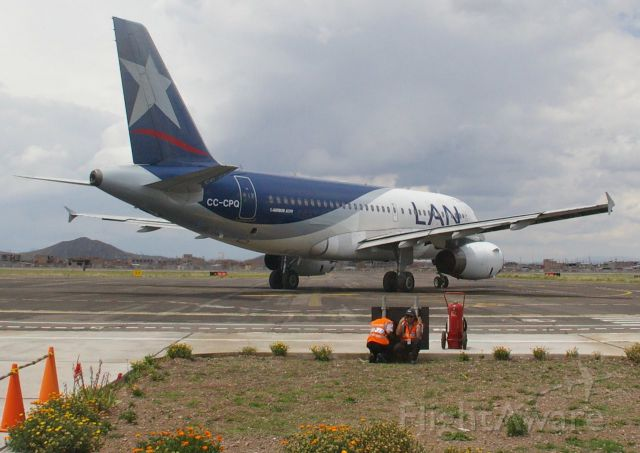 Airbus A319 (CC-CPQ) - I love the igate sign as an mprovised JBD.