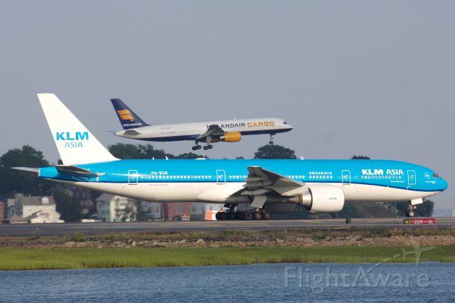 Boeing 777-200 (PH-BQK)