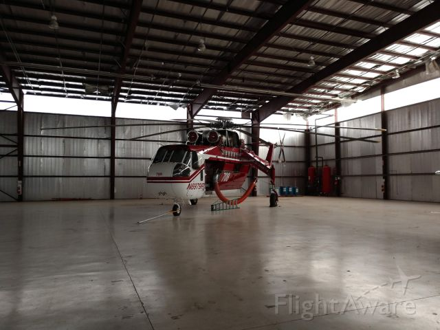 Sikorsky CH-54 Tarhe (N6979R) - On Standby 2019 Fire Season