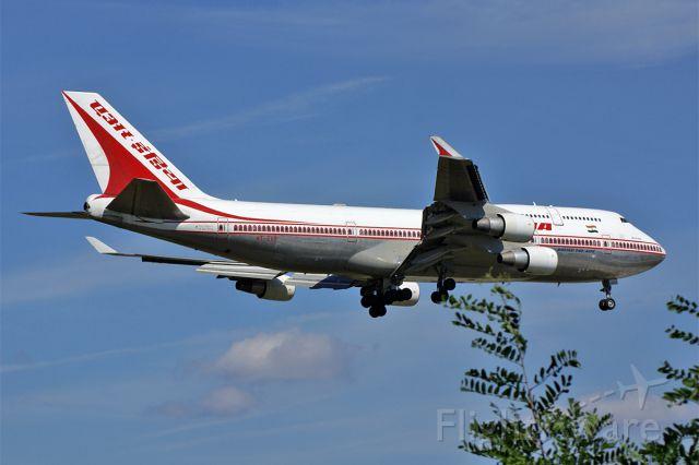 Boeing 747-400 (VT-EVB)
