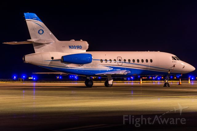 Dassault Falcon 900 (N301RD) - Dassault Falcon 900 resting at a stand late last night (5 August, 2021)