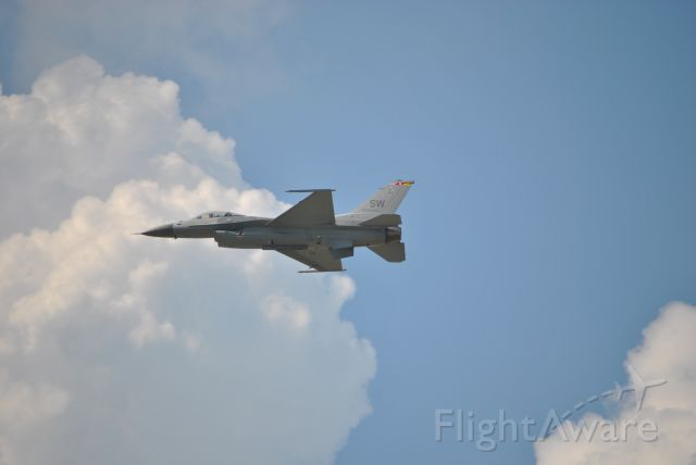 Lockheed F-16 Fighting Falcon — - Dayton Air Show 2010