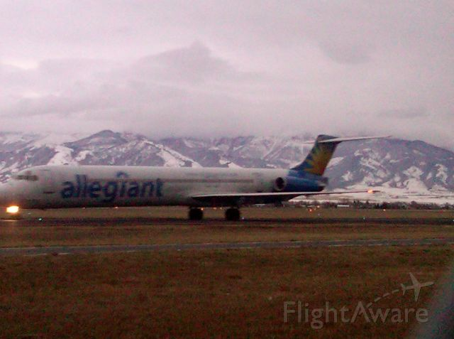 McDonnell Douglas MD-83 (AAY188) - AAY188 First Flight to Bozeman from Phoenix/Mesa on November 12, 2010 (Sorry about the pic quality)
