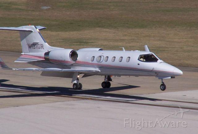 Learjet 31 (N131GR)