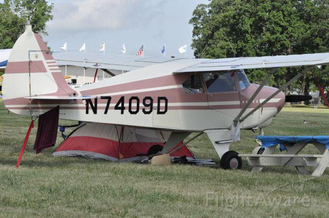 Piper PA-22 Tri-Pacer (N7409D)