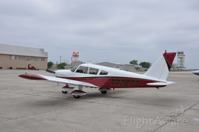 Piper Dakota / Pathfinder (N4287T) - Just out of Paint Shop