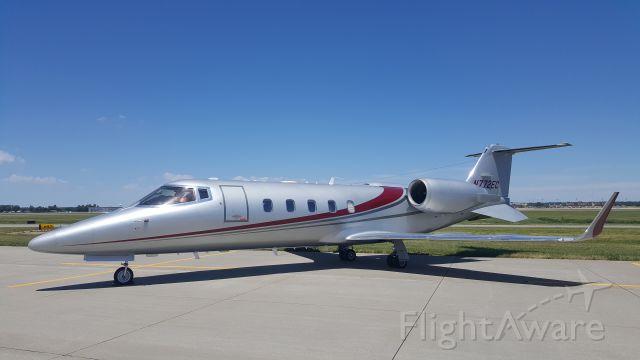 Learjet 60 (N772EC)
