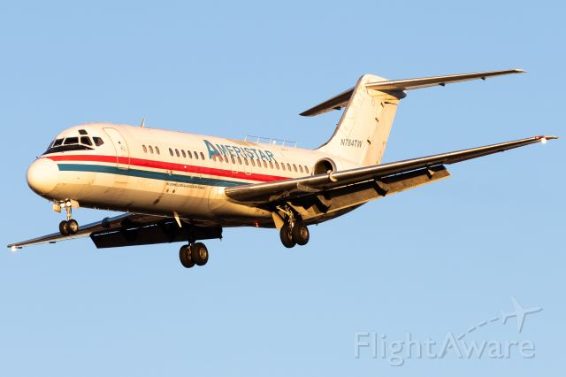 Douglas DC-9-10 (N784TW) - The DC9 is alive in 2021 :) So stoked to get another classic in this amazing winter light!