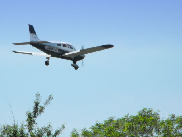 Piper Cherokee (N52326) - Shown here on final on Mother