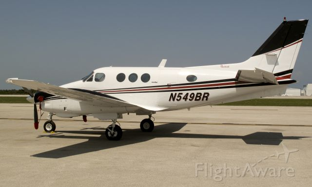 Beechcraft King Air 90 (N549BR)