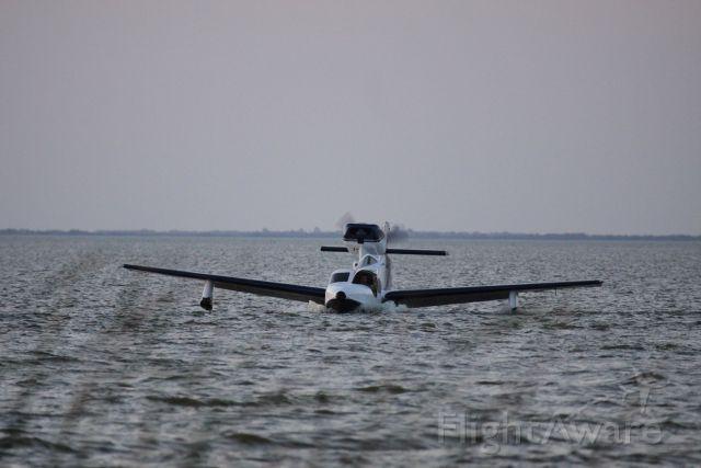 LAKE Turbo Seafury (N240BS)