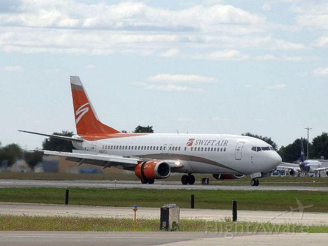 BOEING 737-400 (N802TJ)