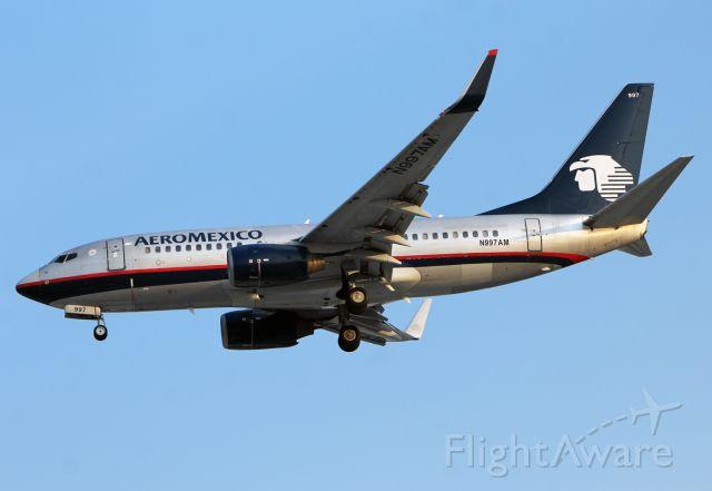 Boeing 737-700 (N997AM) - Boeing 737-76Q - MSN 30283