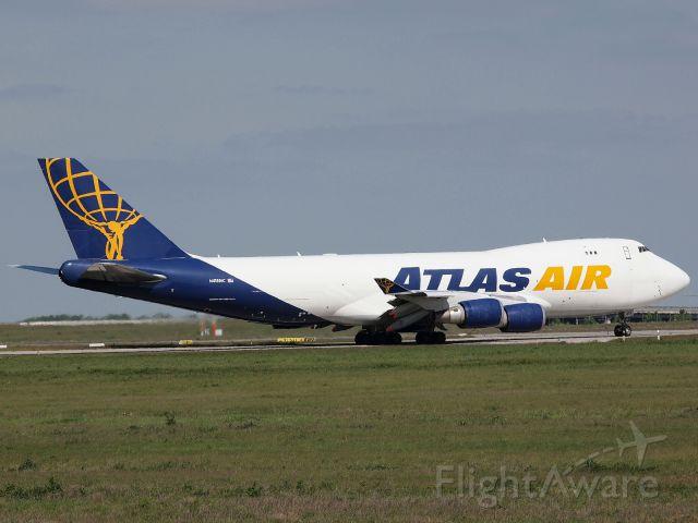 Boeing 747-400 (N418MC) - Atlas Air N418MC for a short stop in LEJ