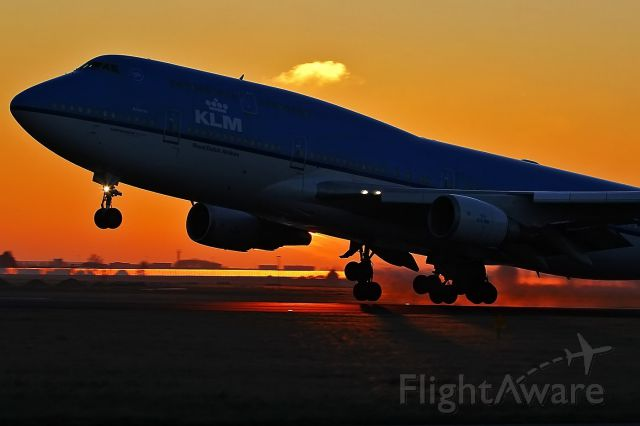 Boeing 747-400 (PH-BFA)