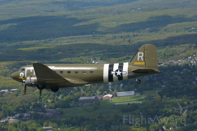 Douglas DC-3 (N45366) - Flying over Connecticut. May 2019