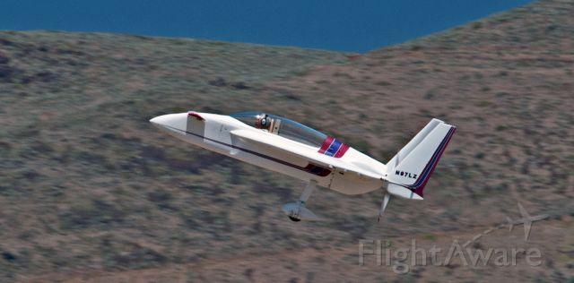 RUTAN Long-EZ (N97LZ) - Departing 27 at Carson City
