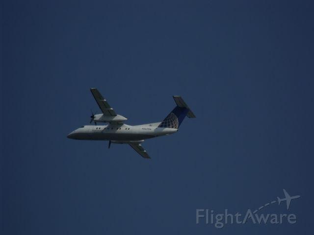 de Havilland Dash 8-200 (EGN123AB)