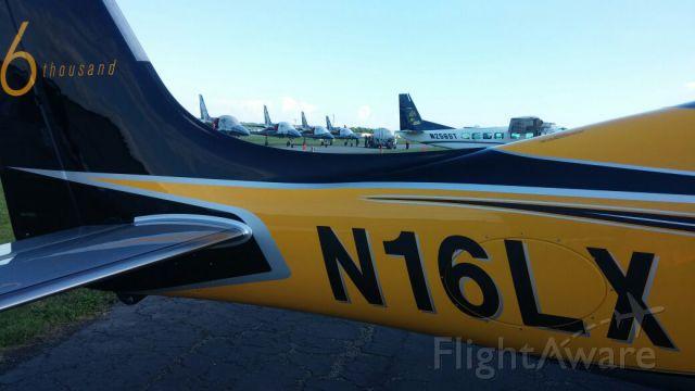 Cirrus SR-22 (N16LX) - The 6000th Cirrus built @ AOPA
