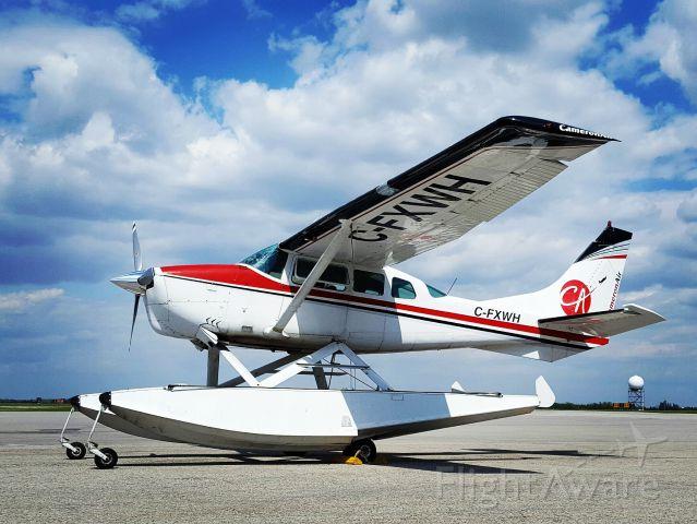 Cessna 206 Stationair (C-FXWH)